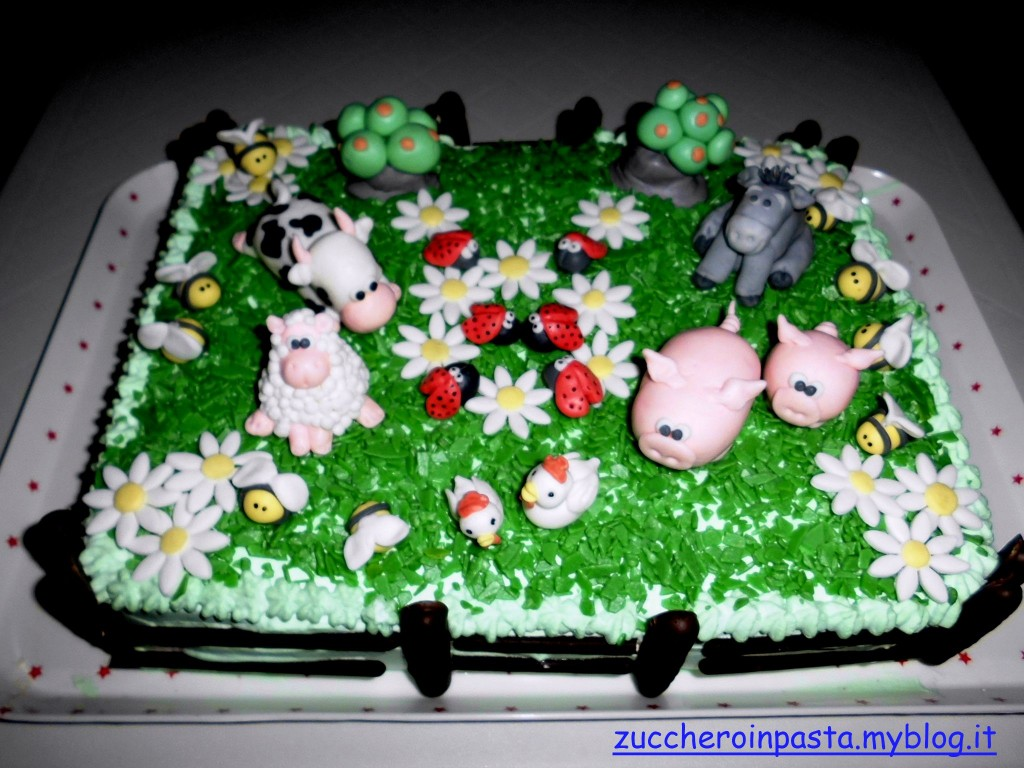 Torta fattoria zuccheroinpasta e non solo for Case a forma di u